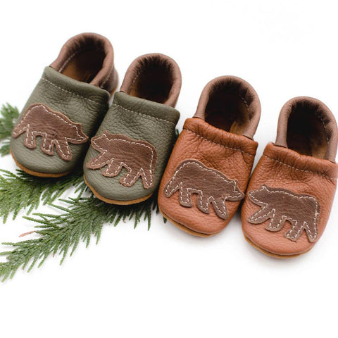Shoes with Designs - Moss Bear