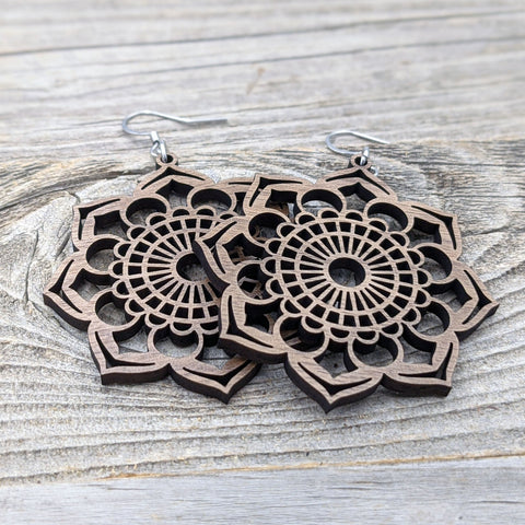 Mandala Earrings / Wood Earrings / Floral Bridesmaid Earrings / Intricate Earrings / Lightweight Mandala from Wood / Hypoallergenic
