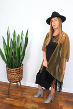 Load image into Gallery viewer, gold and black kimono with tassel