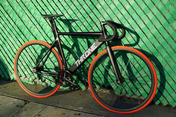 Throne Track Lord by Fixie Stop