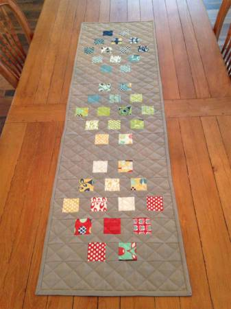 Stepping Stones Table Runner pattern
