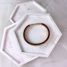 Load image into Gallery viewer, Handmade Marble Clay Dish