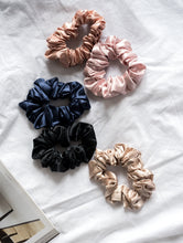 Load image into Gallery viewer, 100% Pure Mulberry Silk Hair Scrunchies - Large