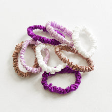 Load image into Gallery viewer, 100% Pure Mulberry Silk Hair Scrunchies - Purple Collection