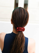 Load image into Gallery viewer, Wee Bands - Christmas Scrunchies