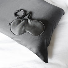 Load image into Gallery viewer, 100% Pure Silk Anti-Ageing Beauty Sleep Set - Charcoal