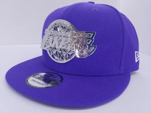 Lakers Metal Crest silver