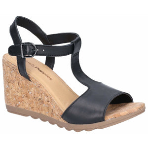 Hush Puppies Pekingese Tstrap Buckle Sandal - Clearance