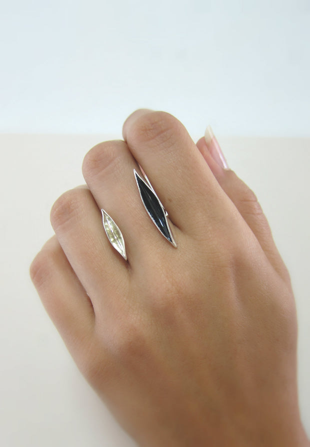Obsidian Floating Ring