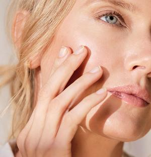 skin discoloration with age