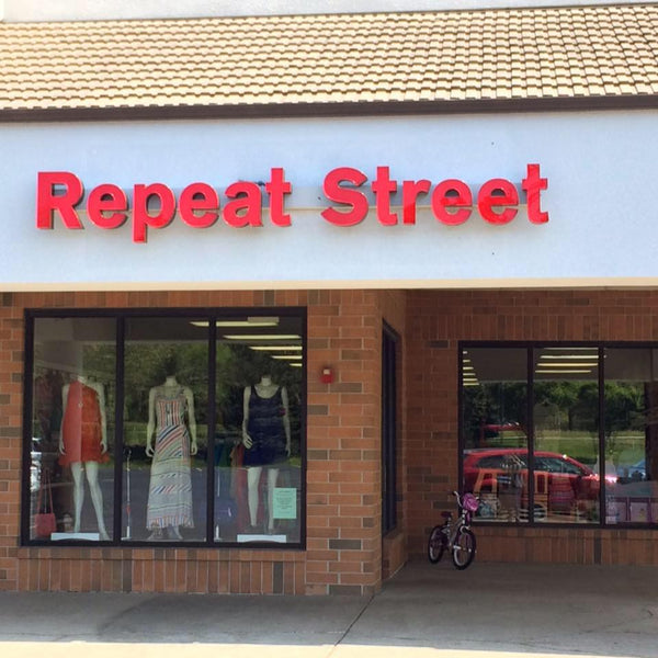 Repeat Street Consignment Gurnee, IL Used Mens Clothing Used Women's Clothing Used Childrens Clothing Used Home Decor