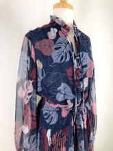 Load image into Gallery viewer, 70s Leaf print dress