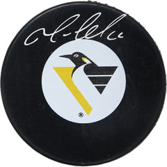 Mario Lemieux Pittsburgh Penguins Signed Autographed Penguins Retro Logo NHL Hockey Puck Global COA with Display Holder