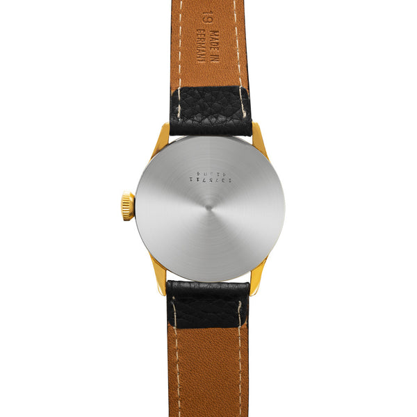 UNIVERSAL GENEVE - Triple Calendar Moon-Phase - MAN of the WORLD Online Destination for Men's Lifestyle - 3