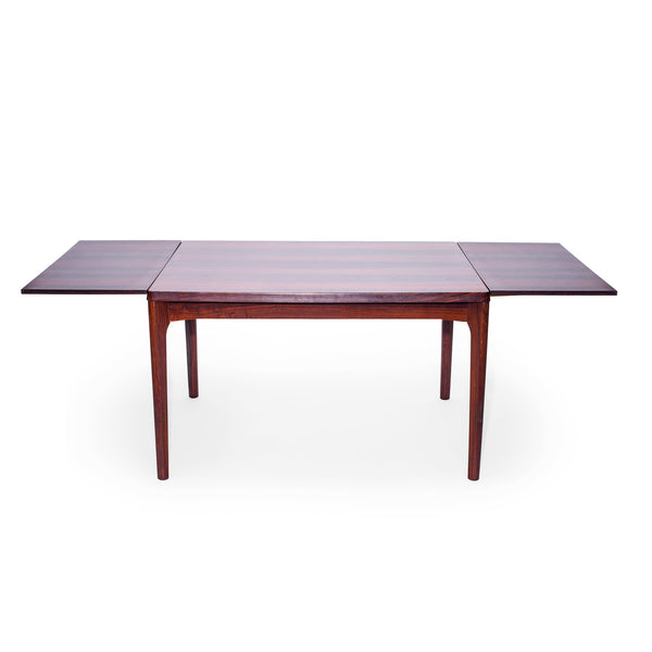 VINTAGE - Dinner Table - MAN of the WORLD Online Destination for Men's Lifestyle - 2