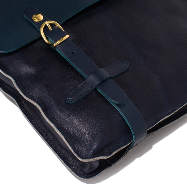 IL BISONTE - Cowhide Briefcase with Shoulder Strap - Navy - MAN of the WORLD Online Destination for Men's Lifestyle - 5