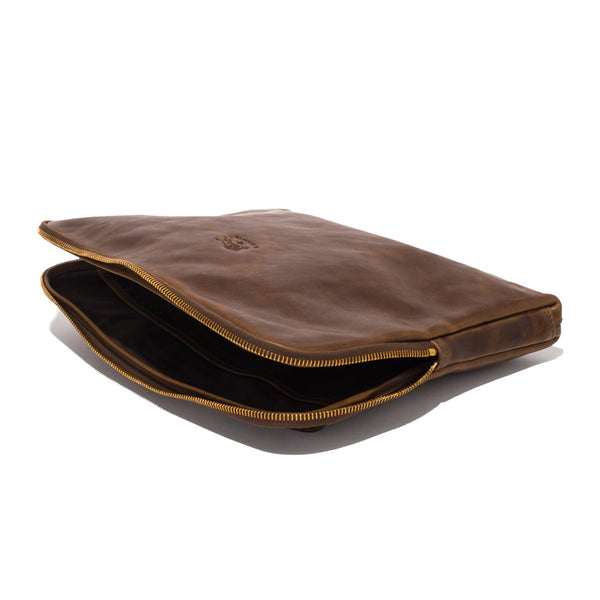 IL BISONTE - Cowhide iPad Case - Brown - MAN of the WORLD Online Destination for Men's Lifestyle - 3
