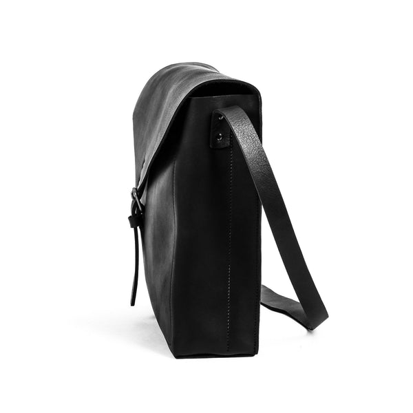 Leather Gabriel Messenger - Black
