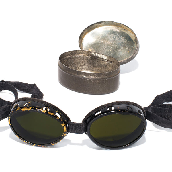 VINTAGE - Swiss Glacier Goggles with Case - MAN of the WORLD Online Destination for Men's Lifestyle - 4