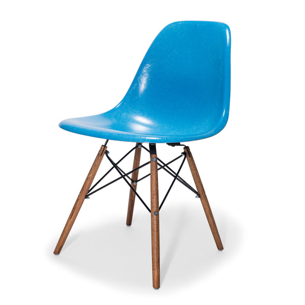 VINTAGE - Eames Chairs (Set of 4) - MAN of the WORLD Online Destination for Men's Lifestyle - 3