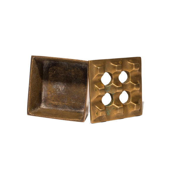 VINTAGE - Small Brass Geometric Ashtray - MAN of the WORLD Online Destination for Men's Lifestyle - 4