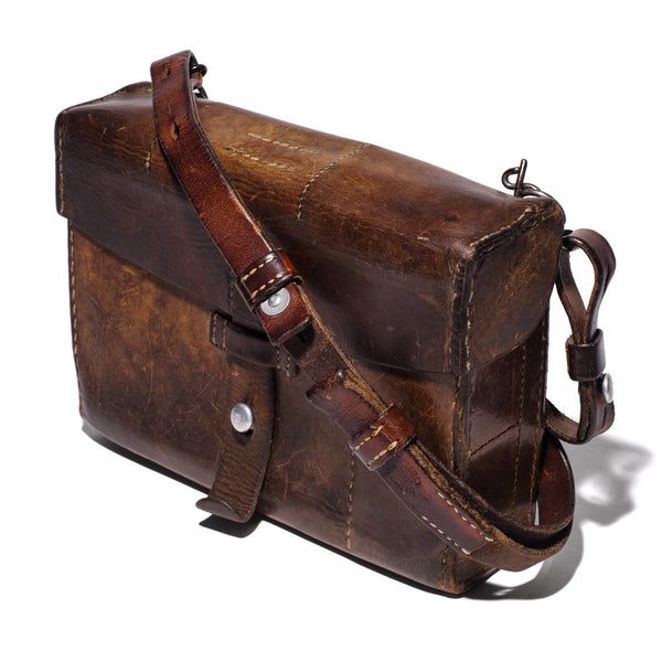 VINTAGE - Swiss Army Leather Bag - MAN of the WORLD Online Destination for Men's Lifestyle - 2
