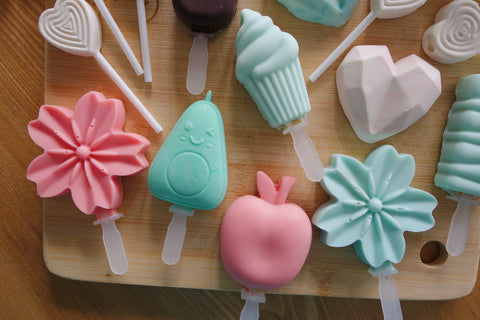 Using silicone molds to make unique mini desserts, mini cakesicles and mini cakes at home for entertaining