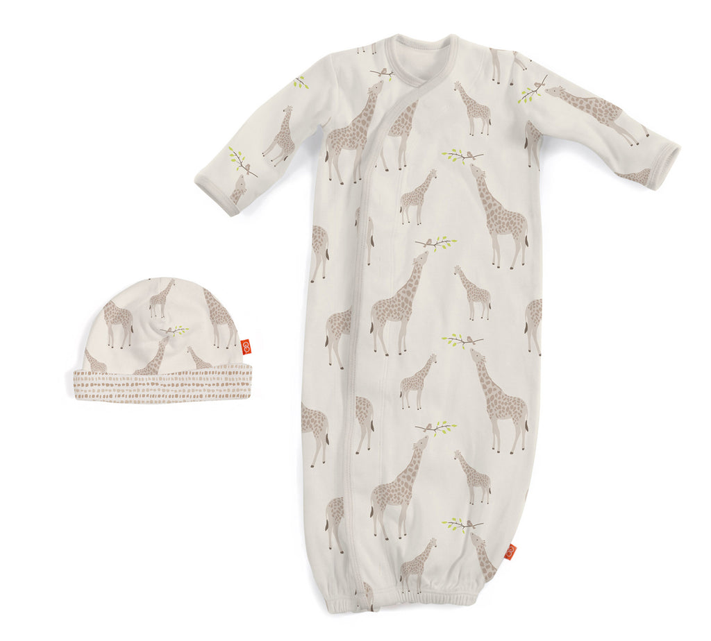 Cream Jolie Giraffe Magnetic Gown & Hat