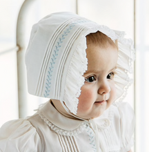 Load image into Gallery viewer, White Vintage Girls Bonnet