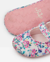 Load image into Gallery viewer, White Littleton Ditsy Floral Baby Shoe