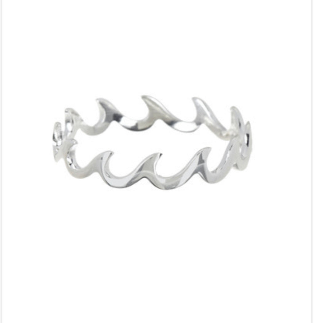 Waves Band Silver Ring (NEW)