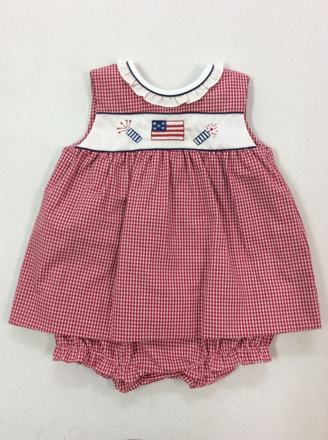 Bubble w/ Ruffled Collar & Flag & Fireworks