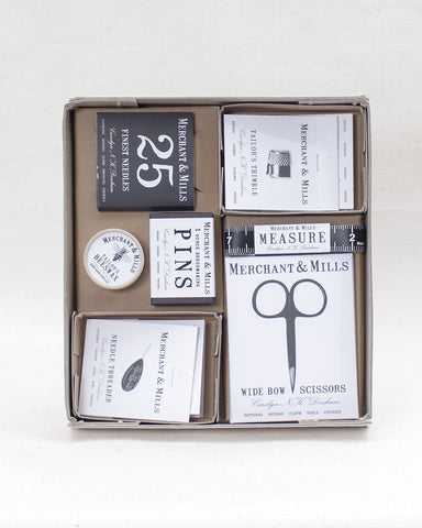 Sewing Box - A complete set of essential sewing notions