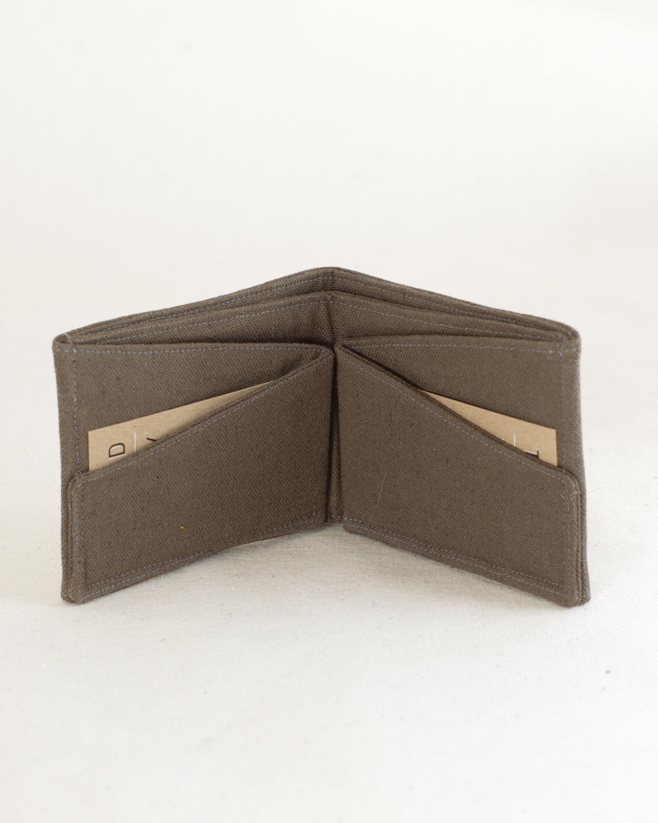 The bifold wallet pdf thread theory the bifold wallet pdf jeuxipadfo Choice Image