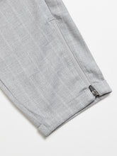 Laden Sie das Bild in den Galerie-Viewer, GABBA PISA PANT PELICAN STRIPE GREY