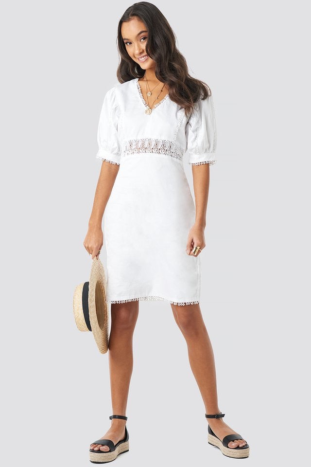 NA-KD V-NECK CROCHET DRESS