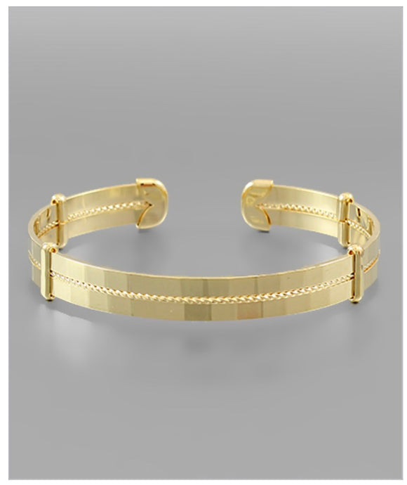 Holland Cuff Bracelet - Matte Gold