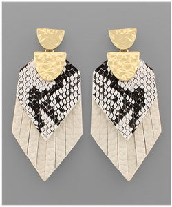 Callie Earrings - Ivory/Snakeskin