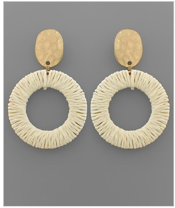 Maris Earrings - Ivory