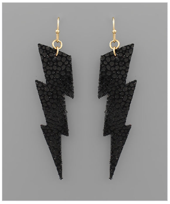 You're Striking Earrings - Black