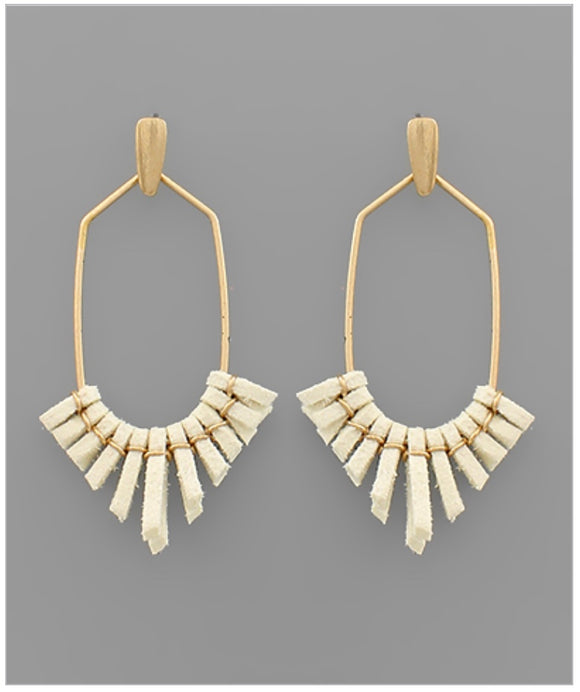 Mila Earrings - Ivory