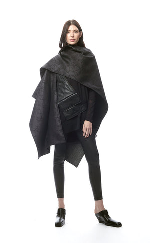 Padova Poncho Nero Crackle + Menswear Chevron Stripe
