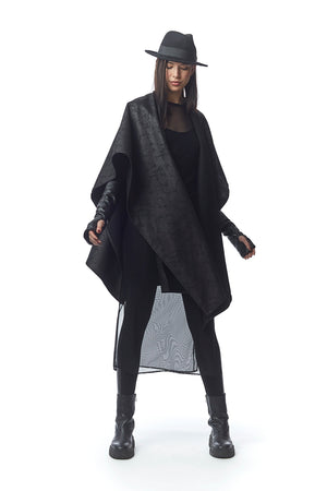 Padova Poncho Nero Crackle + Abstract Threaded