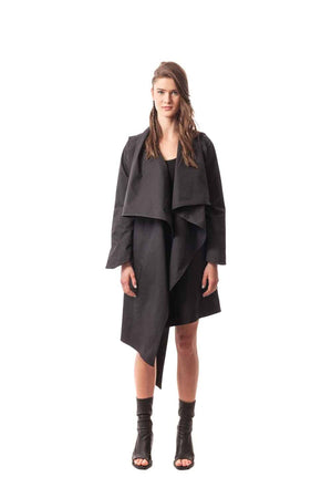 Black Villa Cimbrone Convertible Trench Jacket/Vest. A Japanese inspired convertible trench coat.