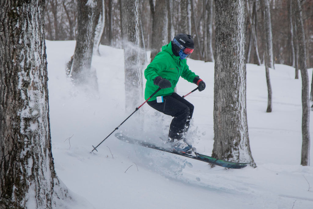 Dave from Minnesota skiing in tight trees