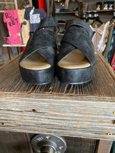 Load image into Gallery viewer, Boutique Sandals - Marseille