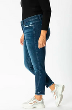 Load image into Gallery viewer, KANCAN DARK HIGH RISE ANKLE SKINNY