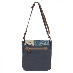 GO WILD SHOULDER BAG