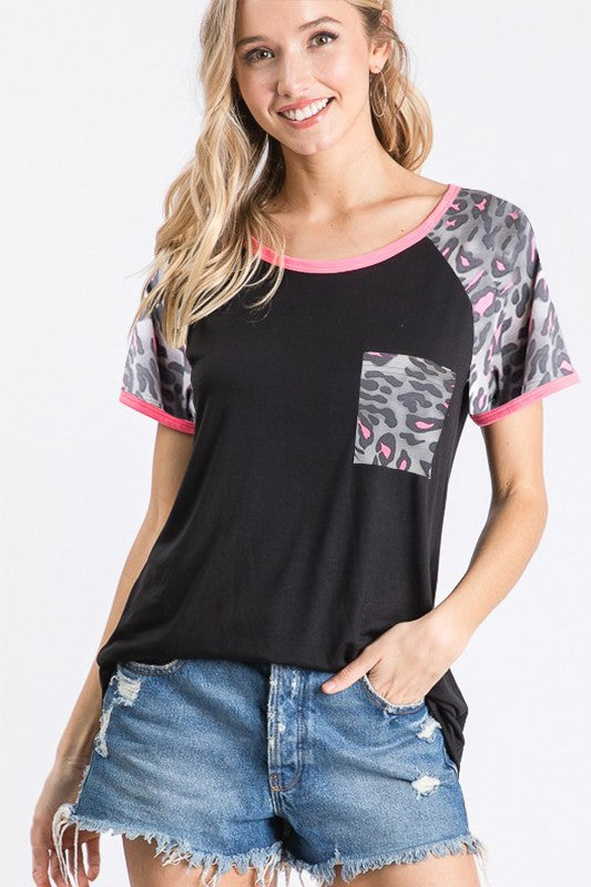SOLID AND LEOPARD TOP WITH FRONT POCKET