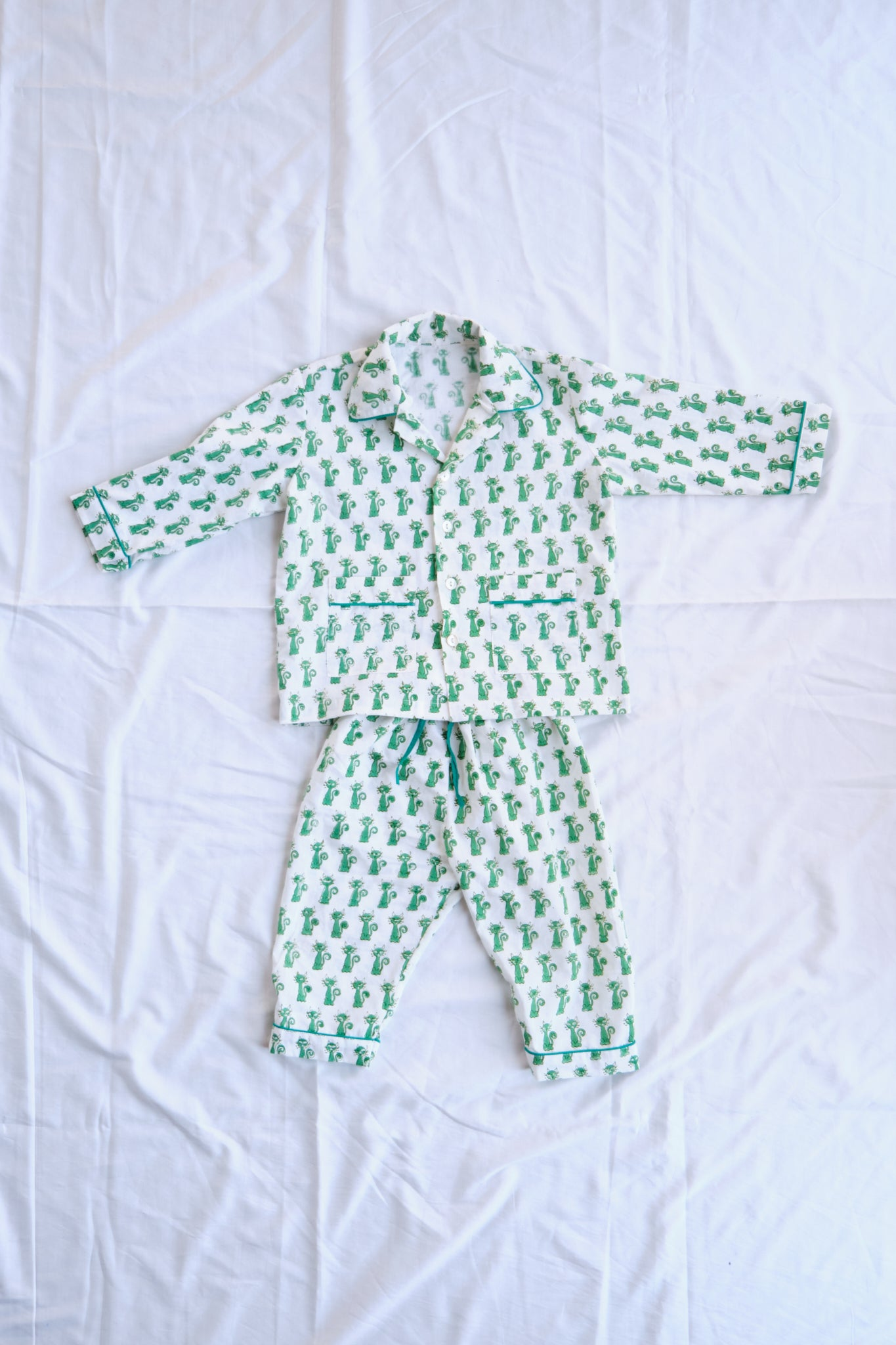 LITTLE GREEN KITTY PJ SET (UNISEX)